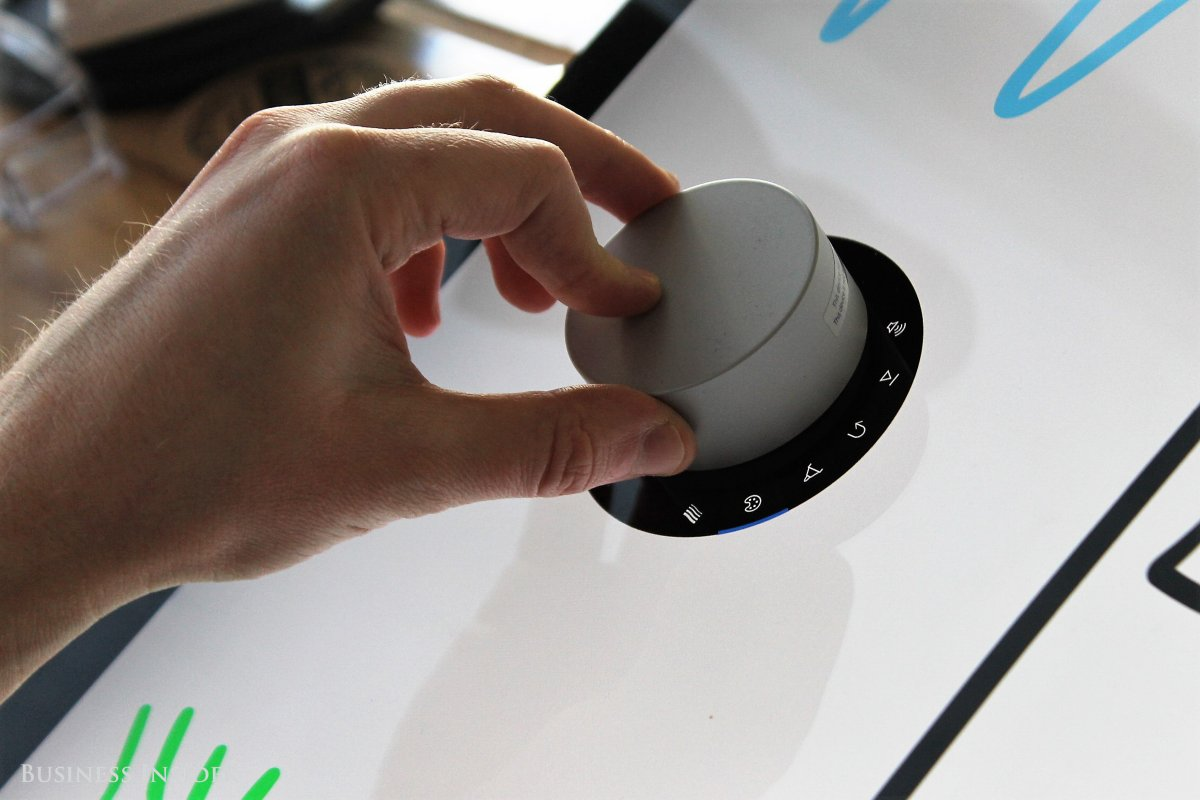 surface-dial-2