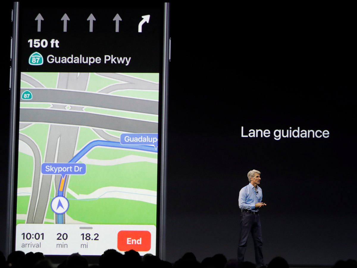 apple-maps-shows-you-which-lane-to-drive-in-before-you-have-to-turn-or-merge