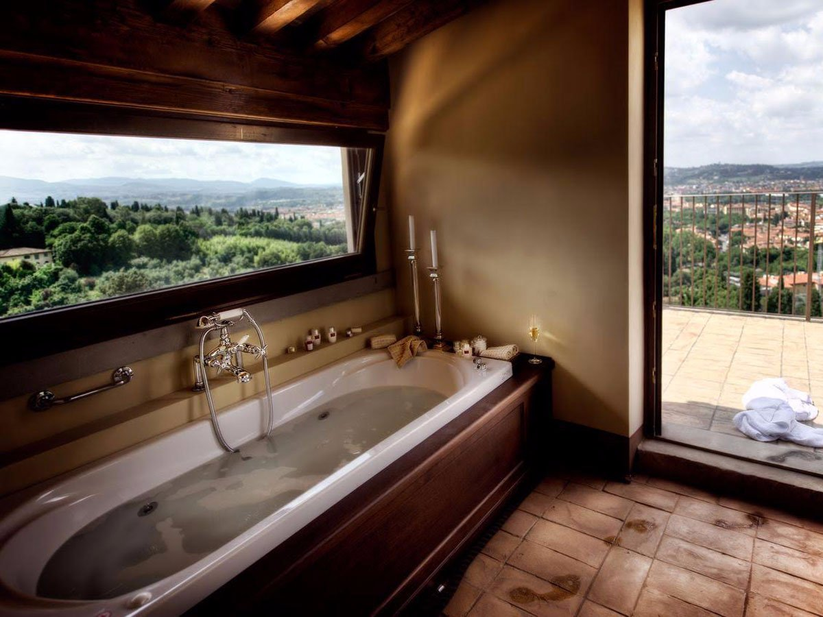 il-salviatino-florence-italy-champagne-bubble-bath