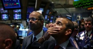 Turn to bonds and gold when stocks market drops