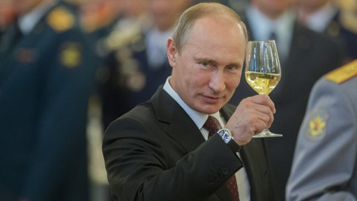 Putin cheers for pobedy