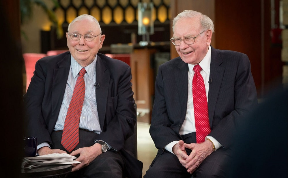 Charlie Munger - W. Buffett's right hand - worried about the ...